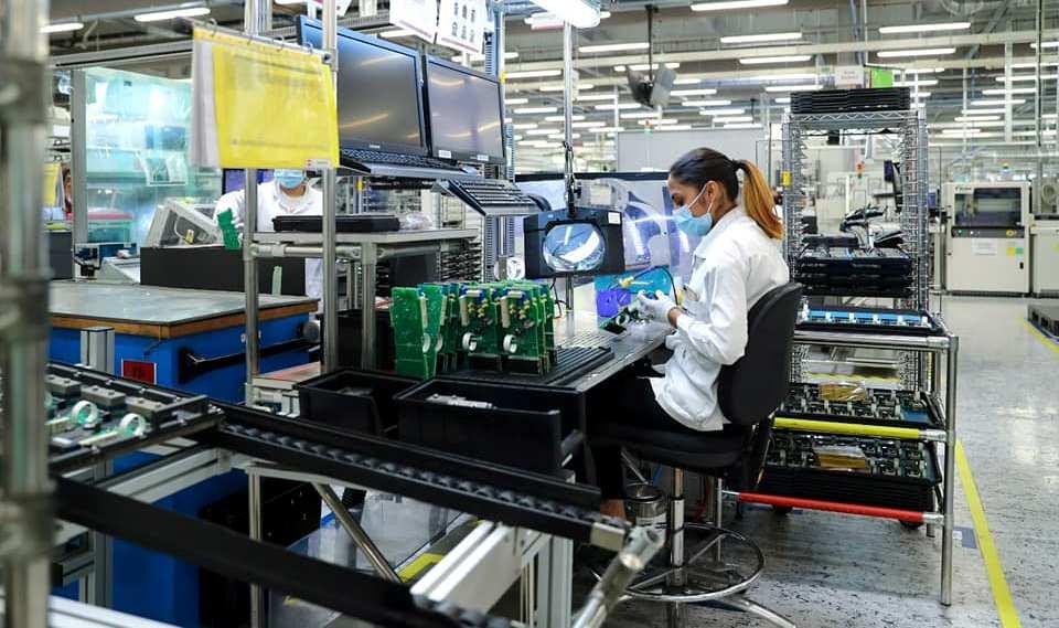 Americanii de la Kimball Electronics plănuiesc să dubleze capacitatea de producție a fabricii din România, în următorii trei ani
